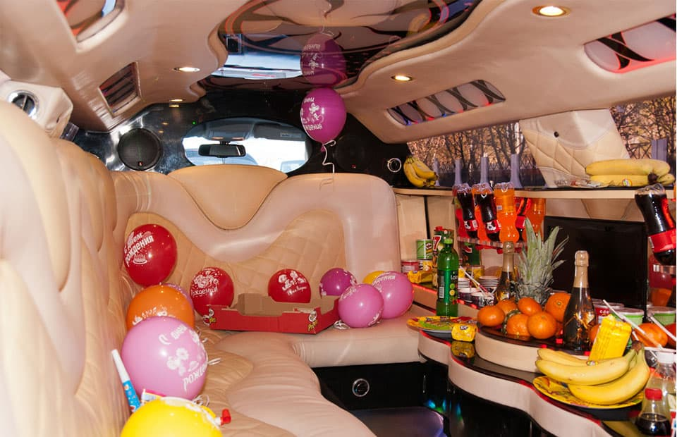 Birthday-Party-Limo-Service