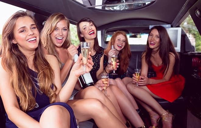 Modesto_Nightlife_Party_Bus_Night_Adventure